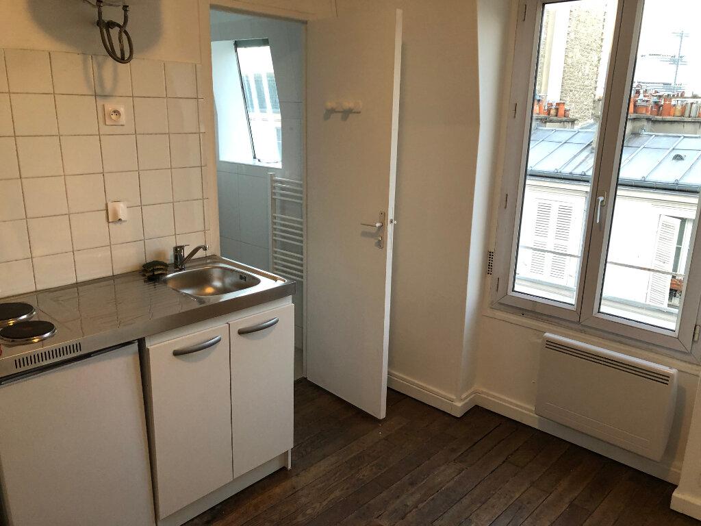 Appartement à louer 1 13m2 à Paris 17 vignette-3