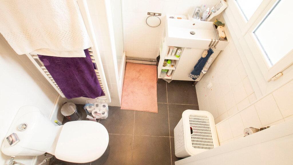 Appartement à louer 2 37m2 à Saint-Denis vignette-9