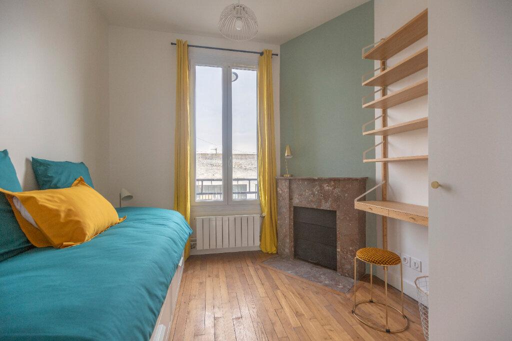 Appartement à louer 4 72m2 à Saint-Denis vignette-1