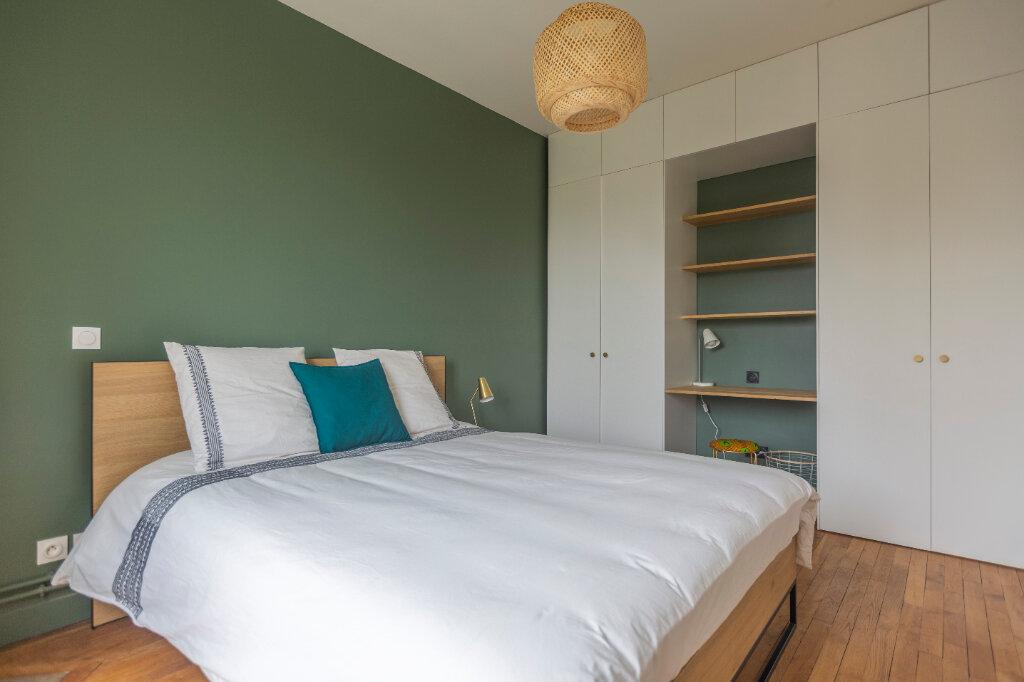 Appartement à louer 4 72m2 à Saint-Denis vignette-4