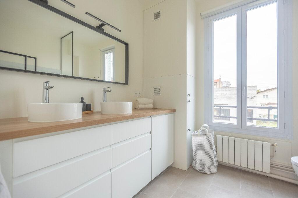 Appartement à louer 4 72m2 à Saint-Denis vignette-7