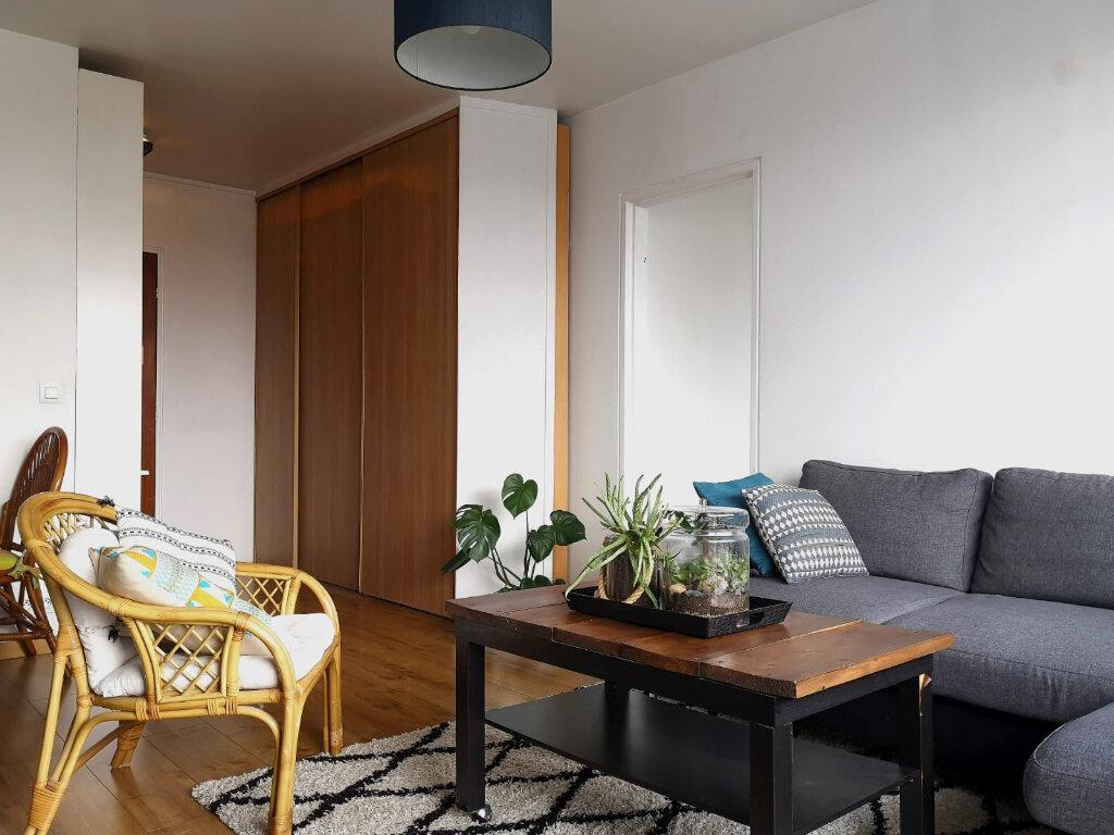 Appartement à louer 2 43m2 à Saint-Denis vignette-6