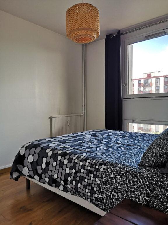 Appartement à louer 2 43m2 à Saint-Denis vignette-8