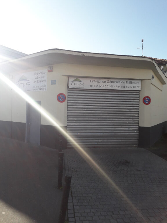 Immeuble à vendre 0 653m2 à Aubervilliers vignette-5
