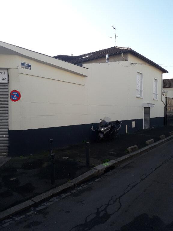 Immeuble à vendre 0 653m2 à Aubervilliers vignette-6