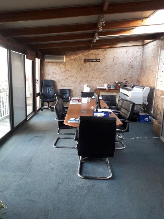 Immeuble à vendre 0 653m2 à Aubervilliers vignette-17
