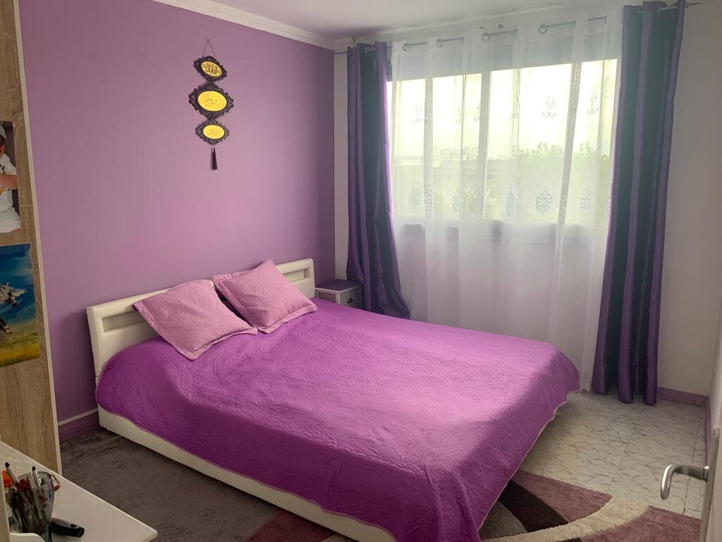 Appartement à vendre 4 81.76m2 à Aubervilliers vignette-4