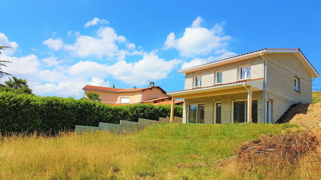 Maison à vendre 5 130m2 à Létra vignette-1
