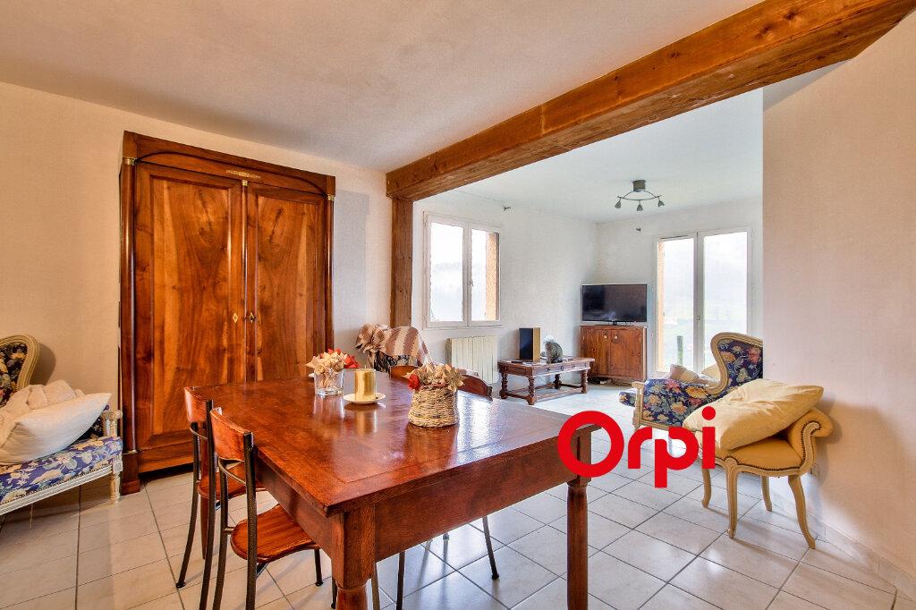 Maison à vendre 5 118m2 à Chambost-Allières vignette-2