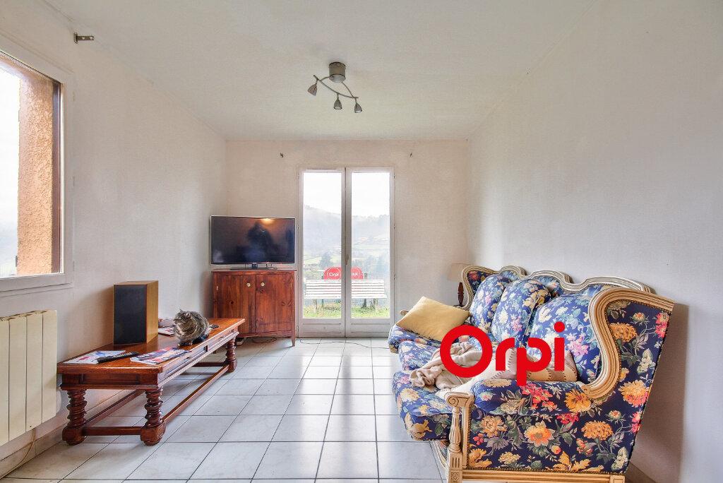 Maison à vendre 5 118m2 à Chambost-Allières vignette-3