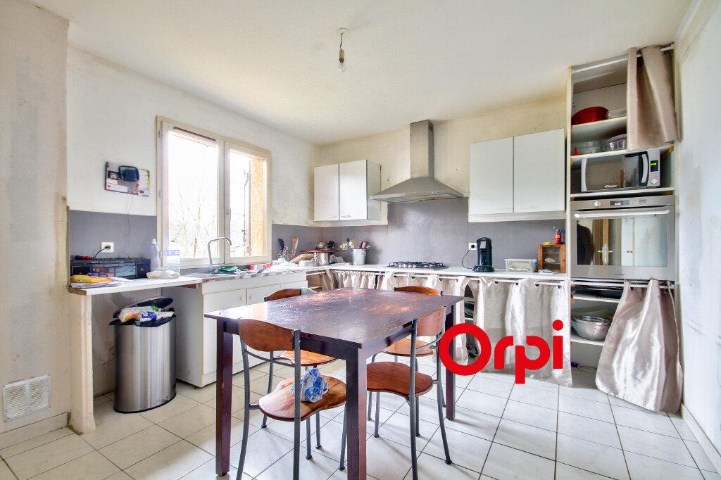 Maison à vendre 5 118m2 à Chambost-Allières vignette-5