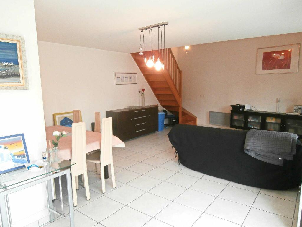 Appartement à louer 3 74m2 à Ozoir-la-Ferrière vignette-3