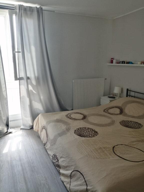 Appartement à louer 4 79m2 à Roissy-en-Brie vignette-4