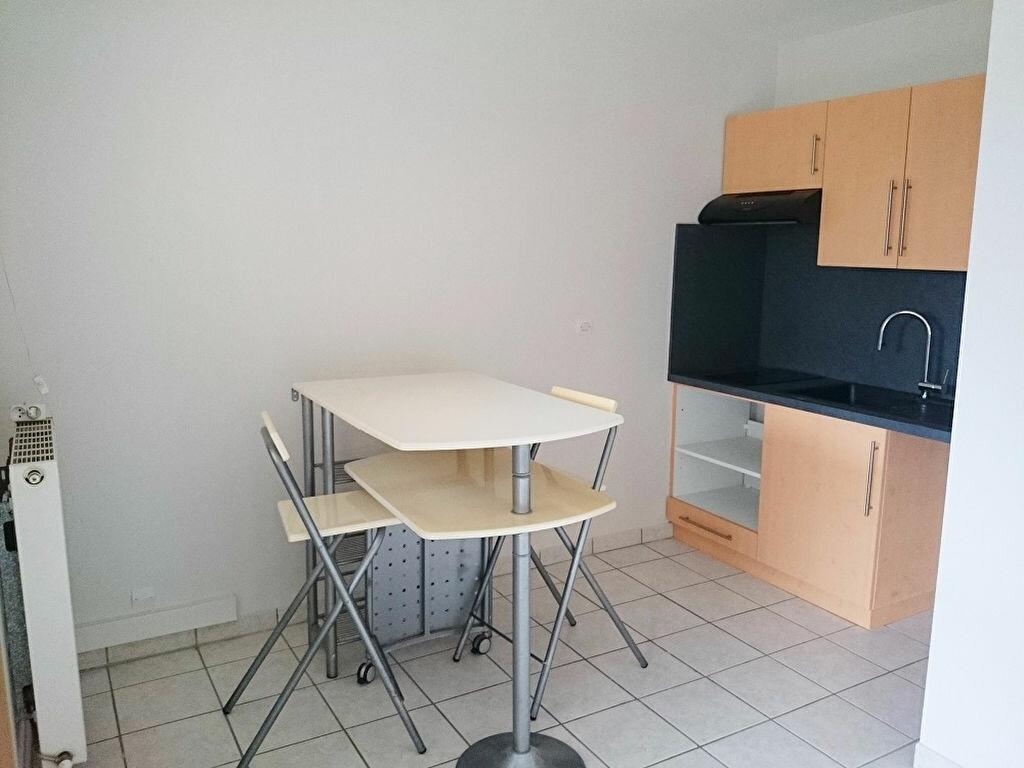 Appartement à louer 1 29.89m2 à Nantes vignette-2