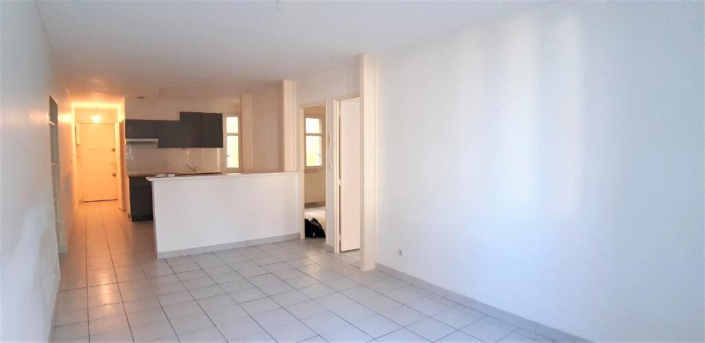 Appartement à vendre 3 61m2 à Nantes vignette-1