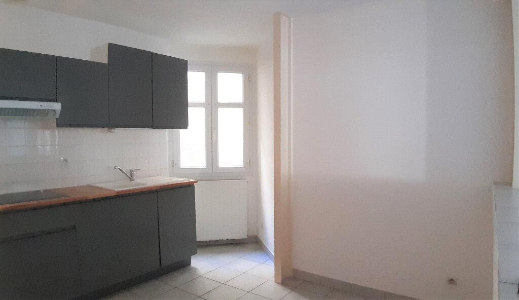 Appartement à vendre 3 61m2 à Nantes vignette-2
