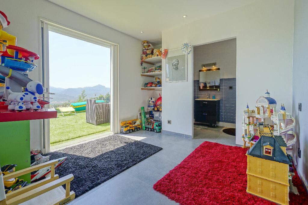 Maison à vendre 5 146m2 à Mandelieu-la-Napoule vignette-13