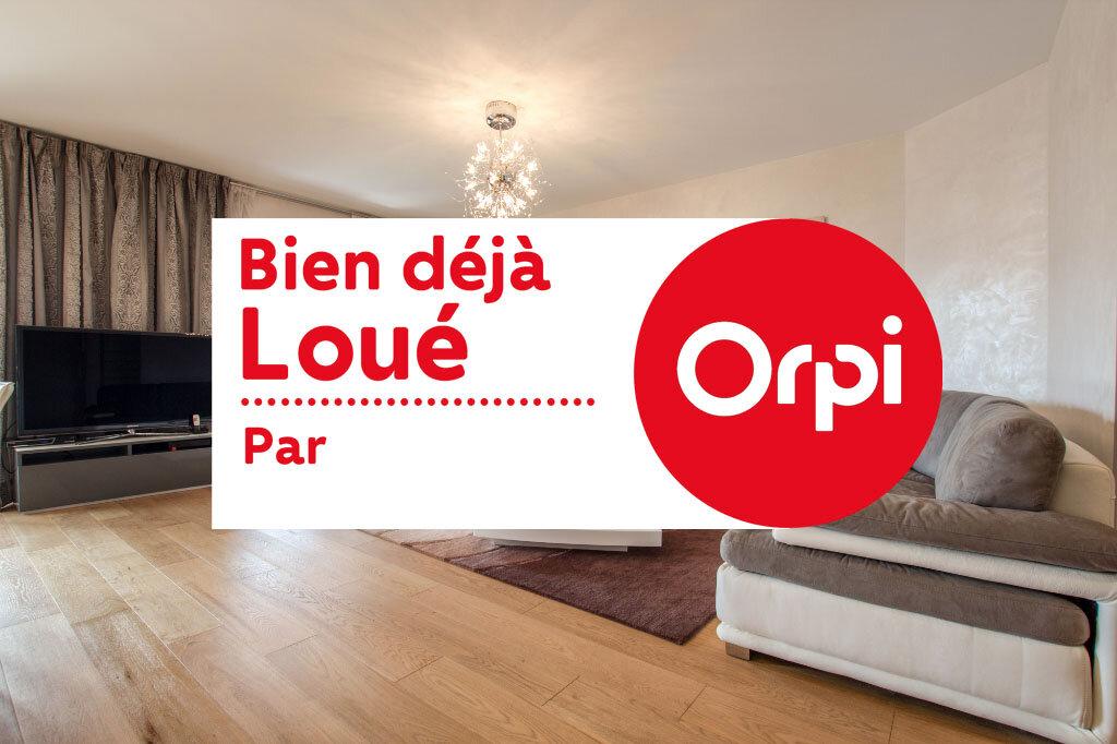 Appartement à louer 3 100m2 à Théoule-sur-Mer vignette-1
