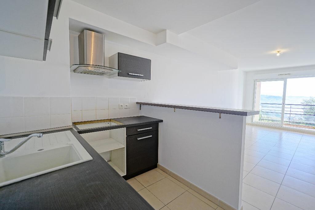 Appartement à louer 2 43.5m2 à Mandelieu-la-Napoule vignette-3