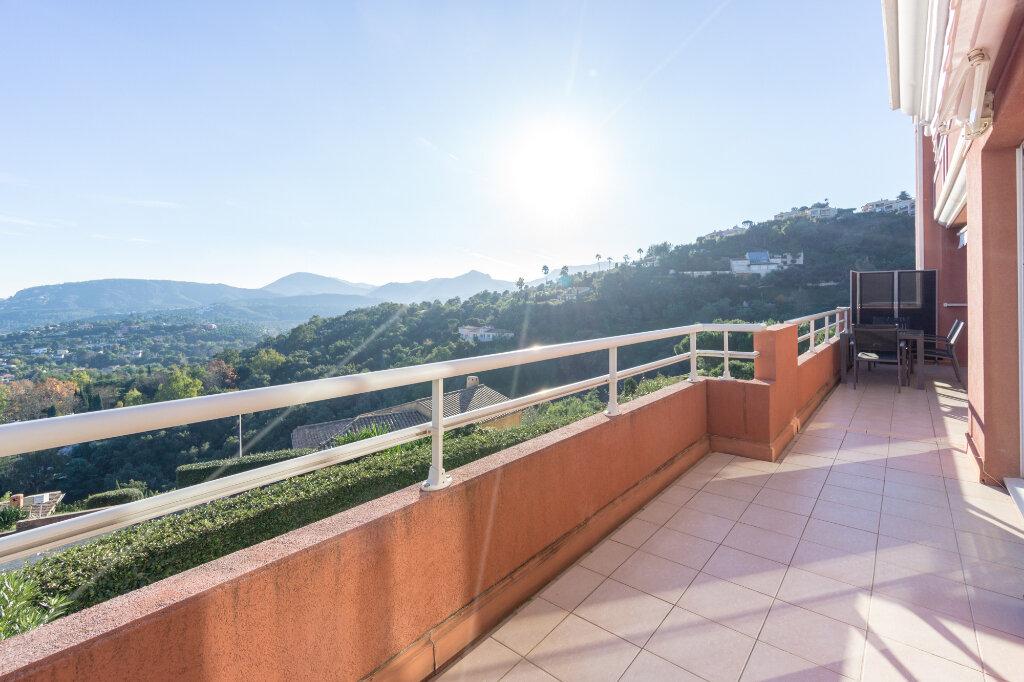 Appartement à vendre 3 89.78m2 à Mandelieu-la-Napoule vignette-4