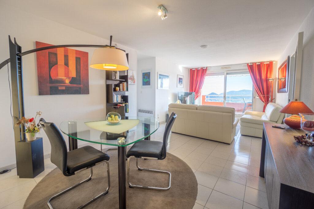 Appartement à vendre 3 89.78m2 à Mandelieu-la-Napoule vignette-5