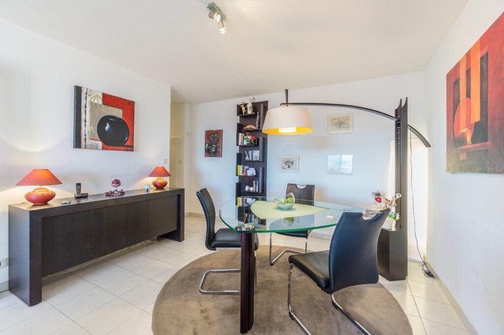 Appartement à vendre 3 89.78m2 à Mandelieu-la-Napoule vignette-6