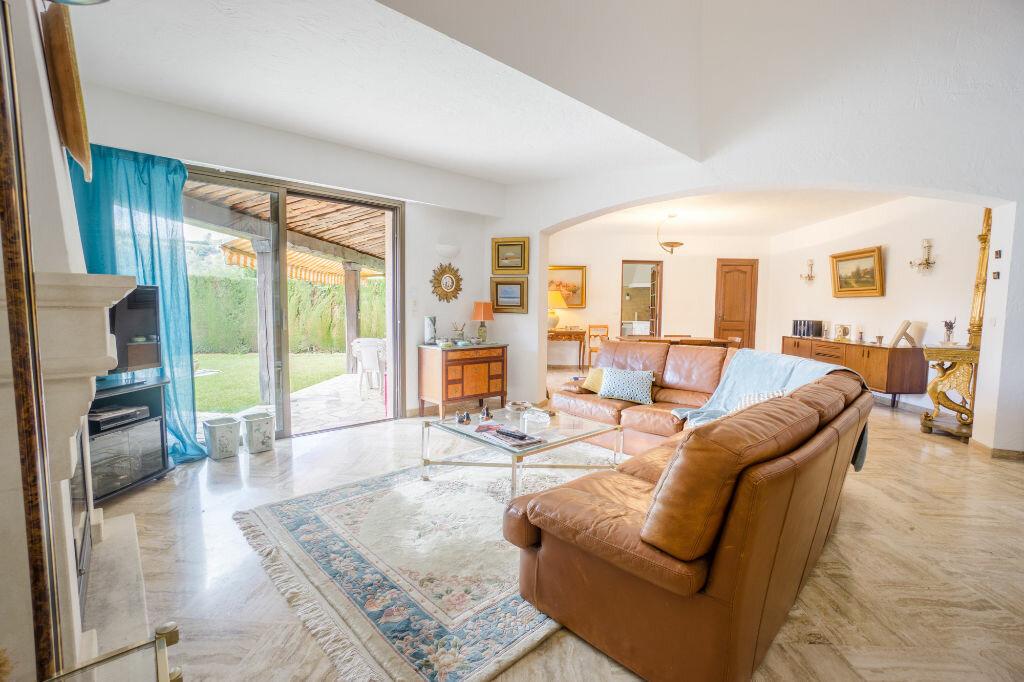 Maison à vendre 6 163.8m2 à Mandelieu-la-Napoule vignette-4