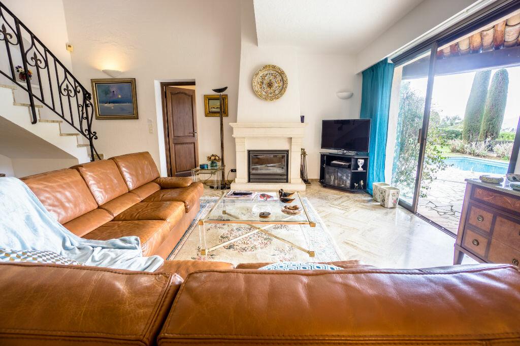 Maison à vendre 6 163.8m2 à Mandelieu-la-Napoule vignette-5