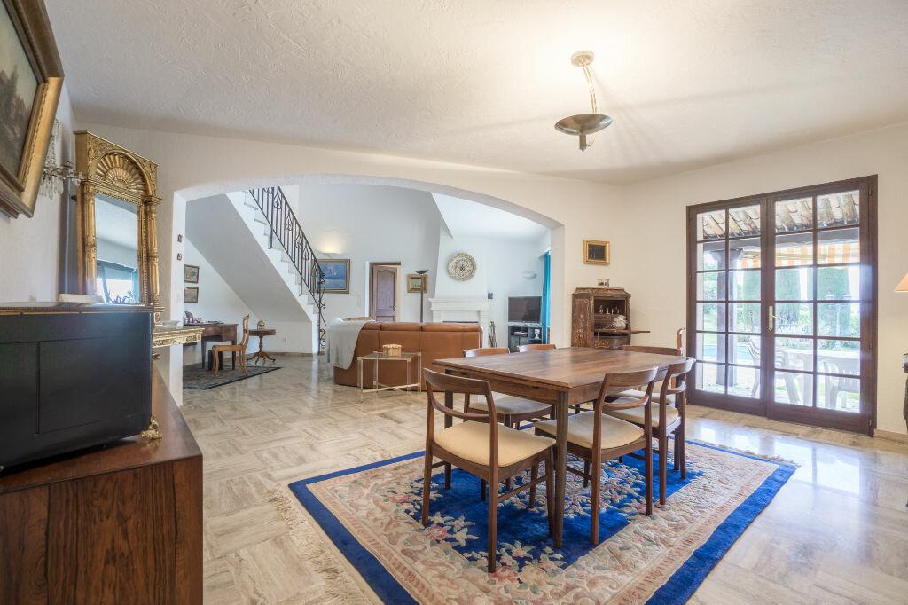 Maison à vendre 6 163.8m2 à Mandelieu-la-Napoule vignette-6