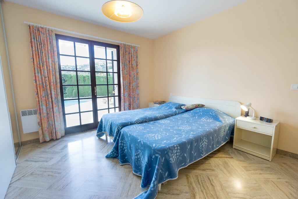 Maison à vendre 6 163.8m2 à Mandelieu-la-Napoule vignette-12