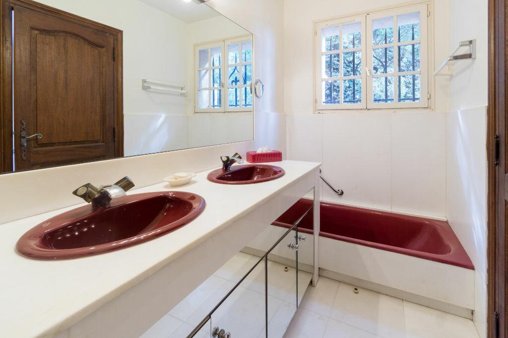 Maison à vendre 6 163.8m2 à Mandelieu-la-Napoule vignette-14