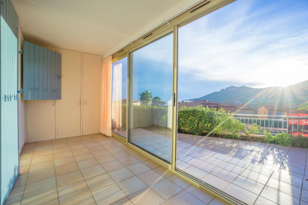 Appartement à vendre 2 26.32m2 à Théoule-sur-Mer vignette-4