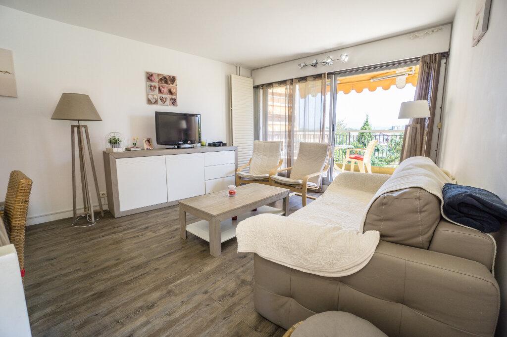 Appartement à vendre 3 69.37m2 à Mandelieu-la-Napoule vignette-5