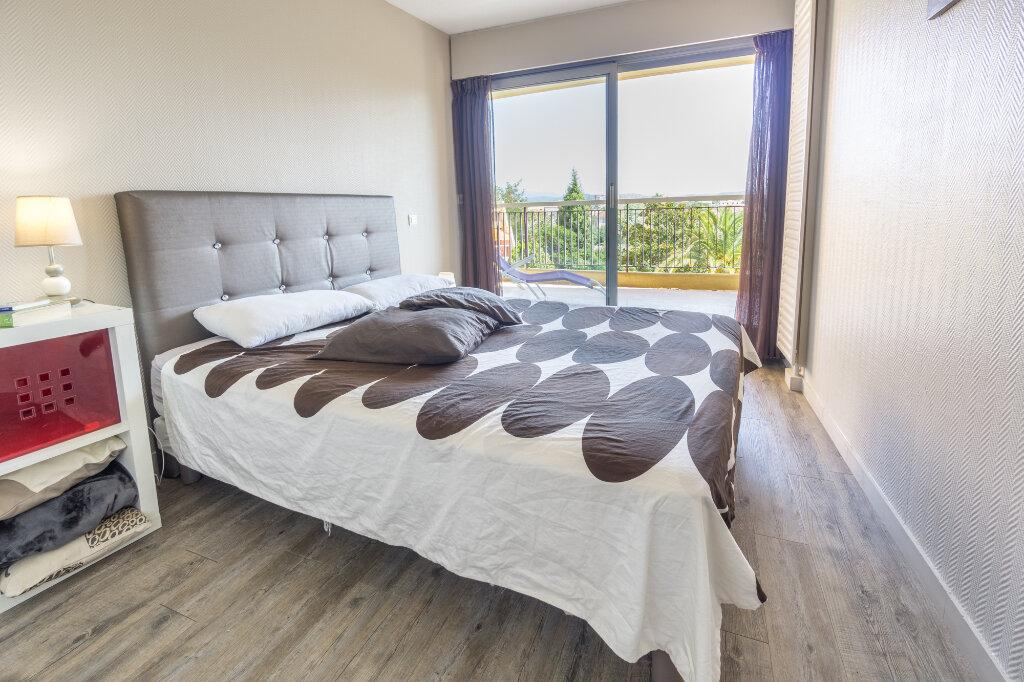 Appartement à vendre 3 69.37m2 à Mandelieu-la-Napoule vignette-9