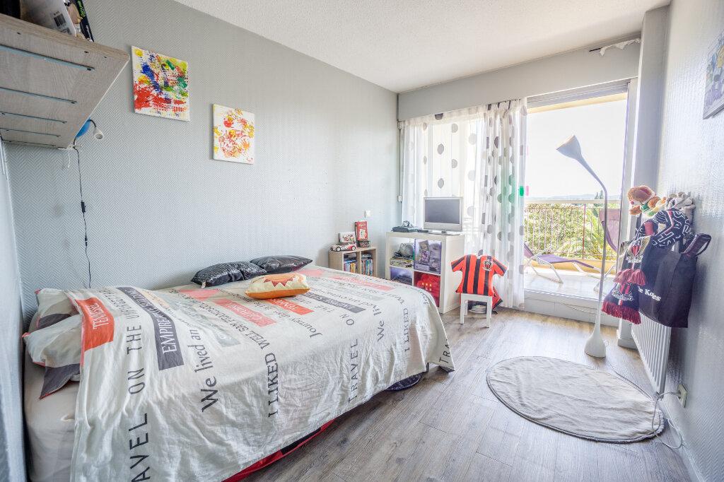 Appartement à vendre 3 69.37m2 à Mandelieu-la-Napoule vignette-10