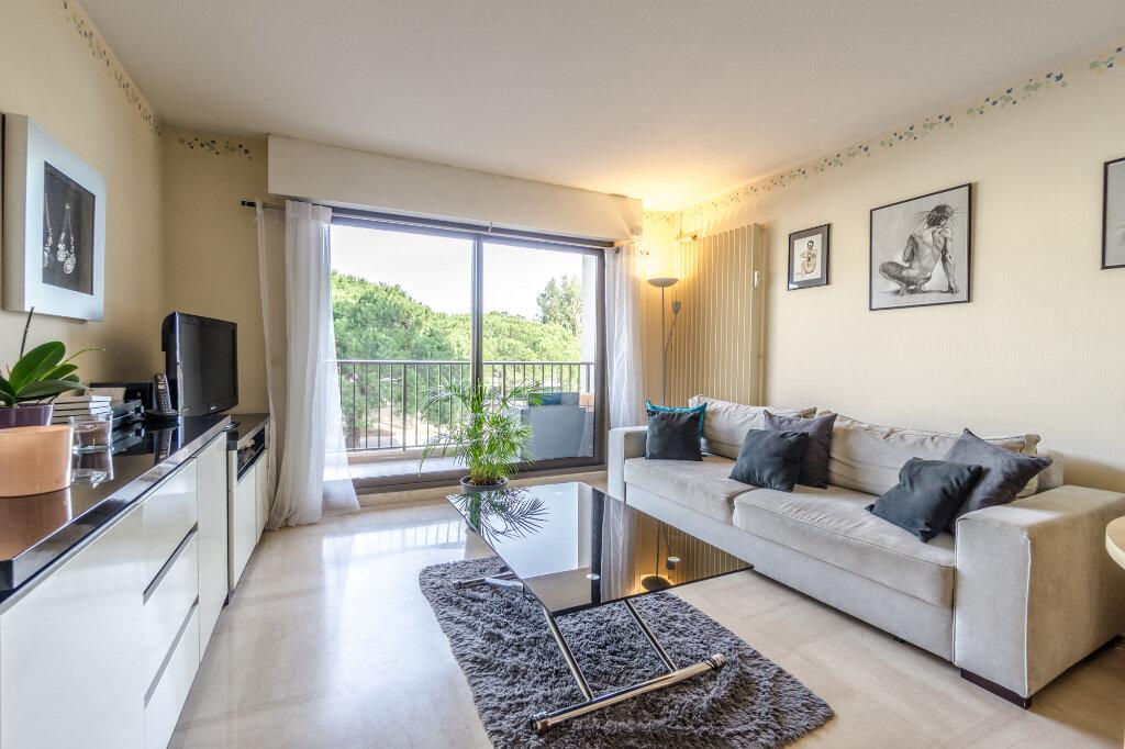 Appartement à vendre 2 46.03m2 à Mandelieu-la-Napoule vignette-2
