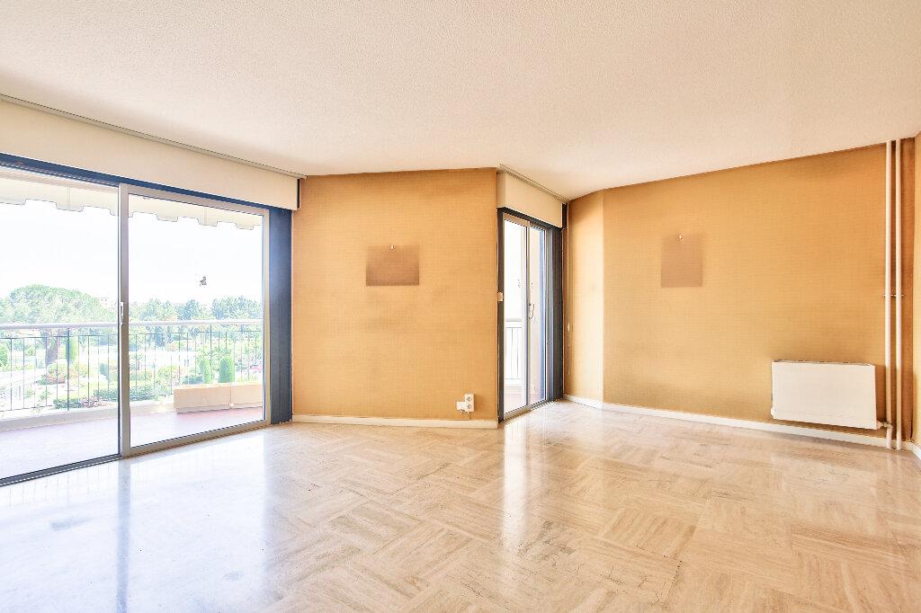 Appartement à vendre 2 51.75m2 à Mandelieu-la-Napoule vignette-4