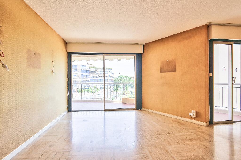 Appartement à vendre 2 51.75m2 à Mandelieu-la-Napoule vignette-7