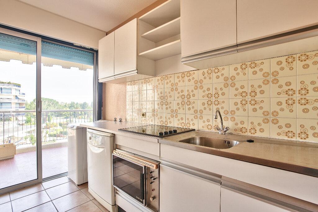 Appartement à vendre 2 51.75m2 à Mandelieu-la-Napoule vignette-9