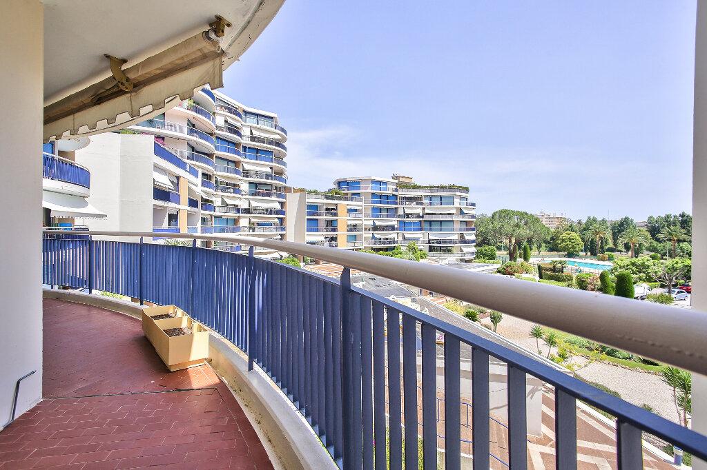 Appartement à vendre 2 51.75m2 à Mandelieu-la-Napoule vignette-13