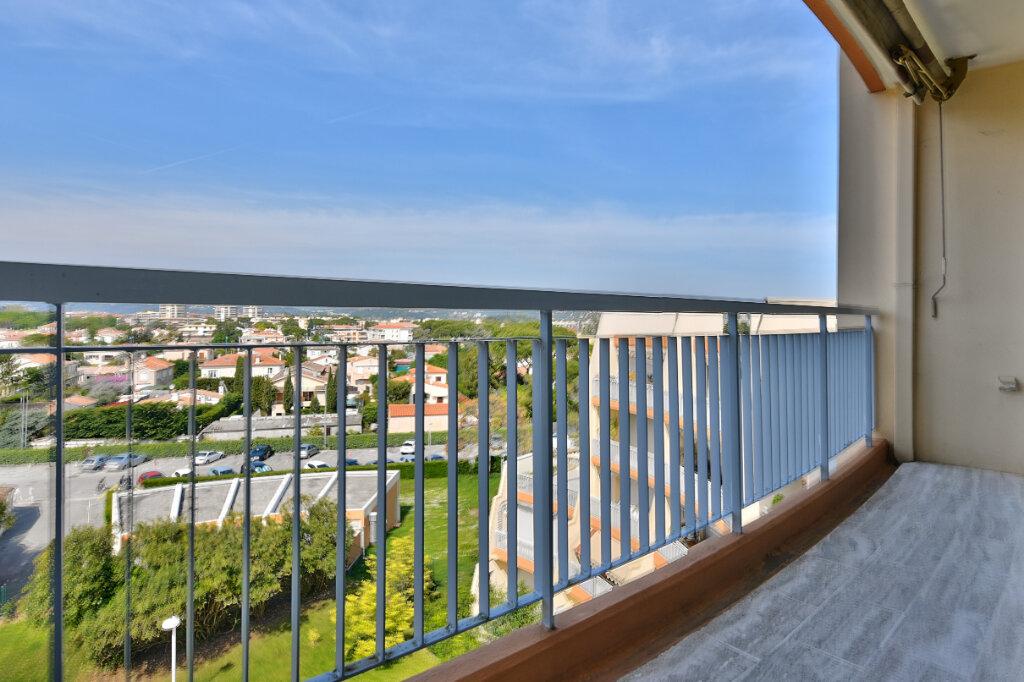 Appartement à vendre 1 30.61m2 à Mandelieu-la-Napoule vignette-4
