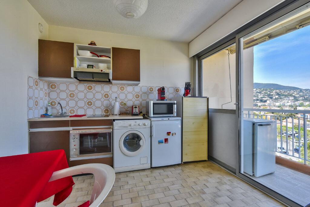 Appartement à vendre 1 30.61m2 à Mandelieu-la-Napoule vignette-7