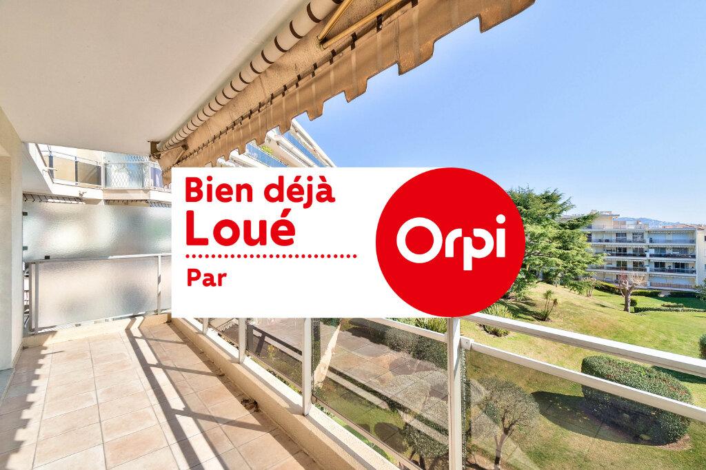 Appartement à louer 3 70.97m2 à Mandelieu-la-Napoule vignette-1