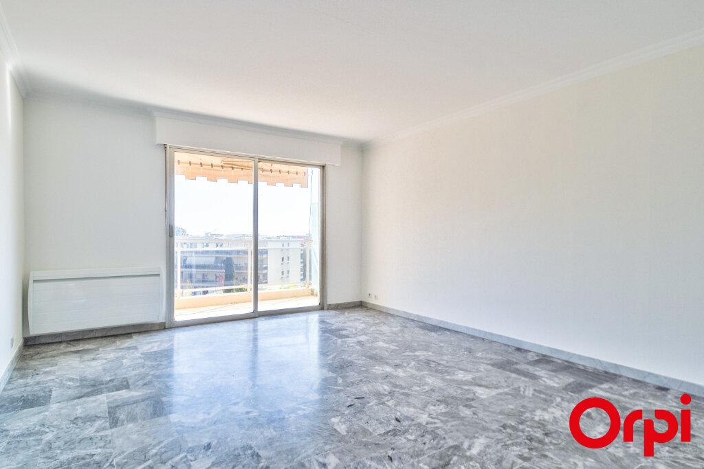 Appartement à louer 3 70.97m2 à Mandelieu-la-Napoule vignette-4