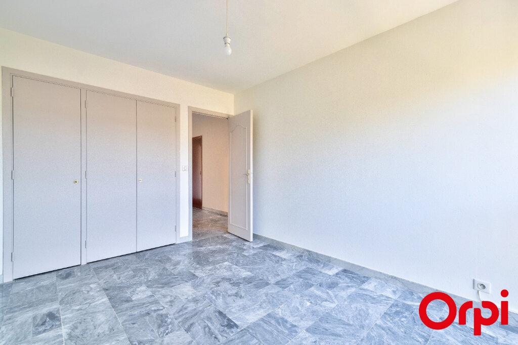 Appartement à louer 3 70.97m2 à Mandelieu-la-Napoule vignette-9