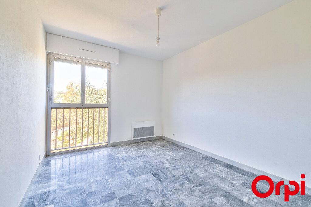 Appartement à louer 3 70.97m2 à Mandelieu-la-Napoule vignette-10