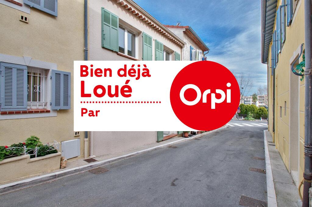 Maison à louer 3 61m2 à Mandelieu-la-Napoule vignette-1