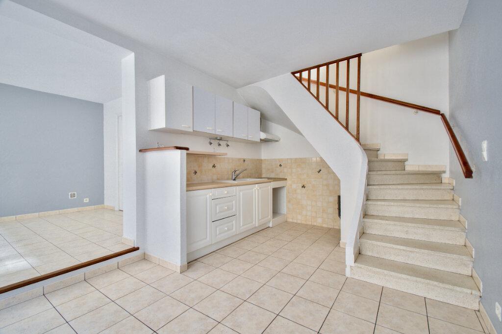 Maison à louer 3 61m2 à Mandelieu-la-Napoule vignette-4