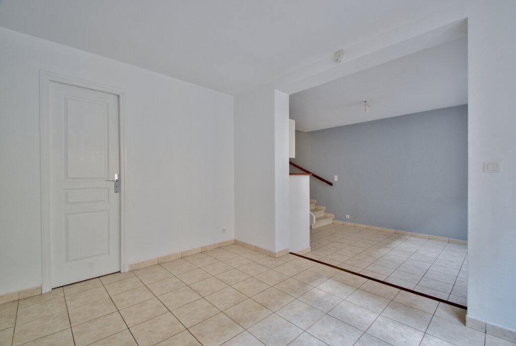 Maison à louer 3 61m2 à Mandelieu-la-Napoule vignette-6