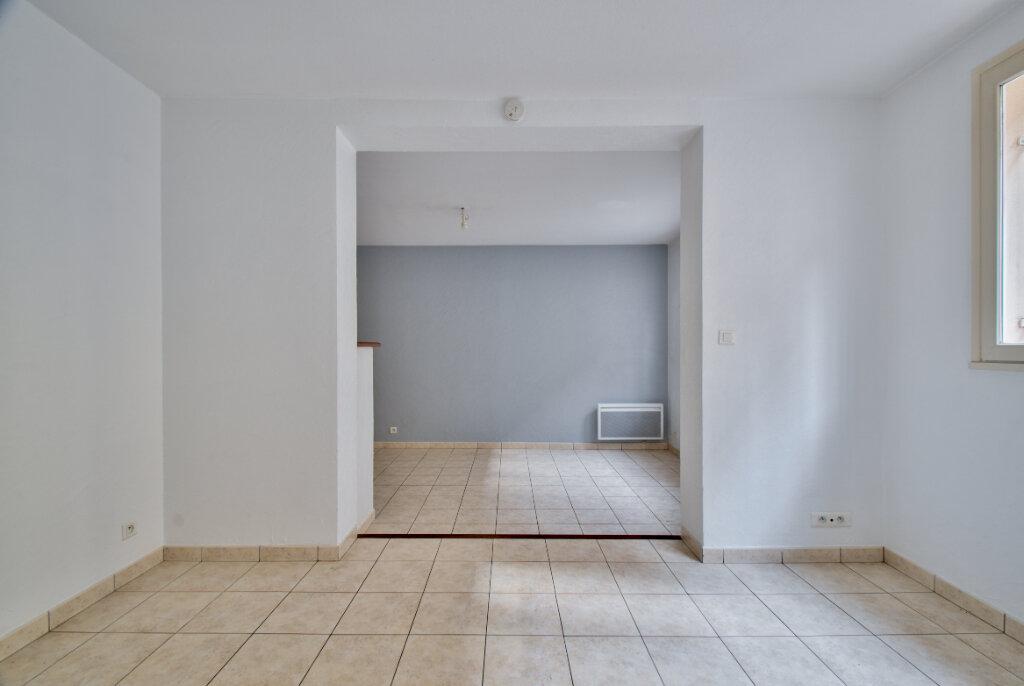 Maison à louer 3 61m2 à Mandelieu-la-Napoule vignette-8